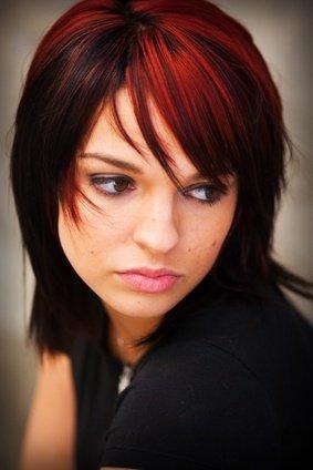 Très Coiffure cheveux noir meche rouge – Votre nouveau blog élégant à  MD71